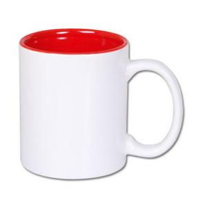 Kubek z czerwonym wnętrzem